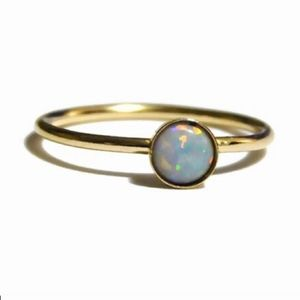 3x gold 5mm fire opal ring